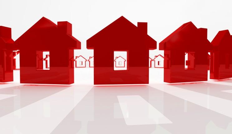 Previsioni prezzi immobili, S&P: nel 2019-2020 i valori continueranno a scendere solo in Italia